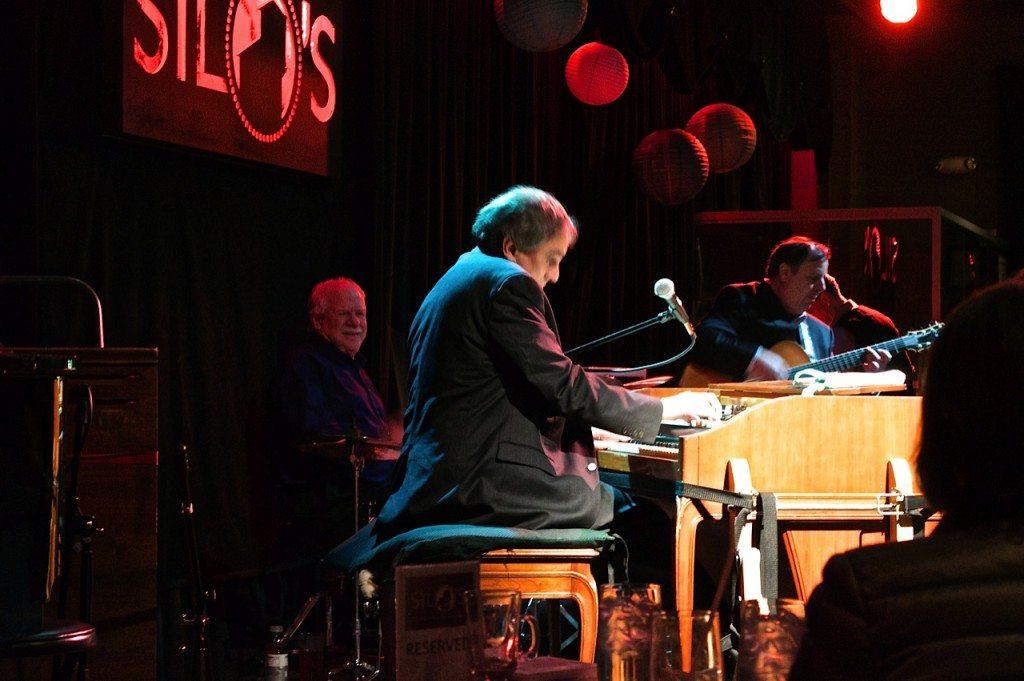 Silos Jazz Club, Napa, CA with Tony Monaco, drummer Pete Magadini, and Howard Paul.  NVJS Photo