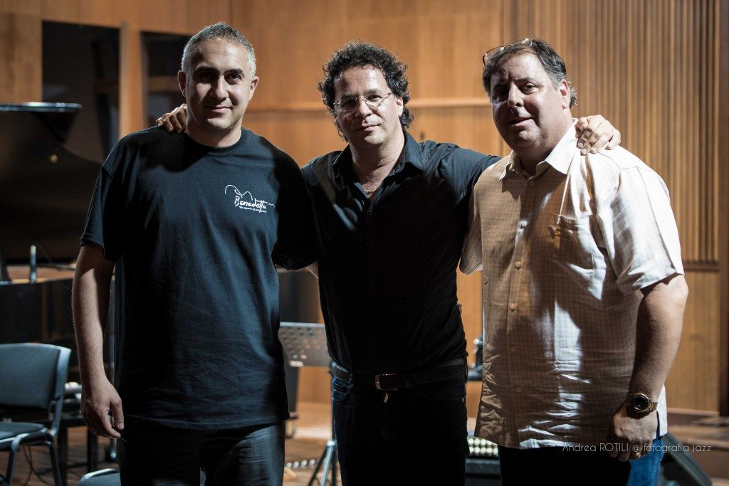 Luca di Luzio, Guiseppe Continenza and Howard Paul at Conservatorio Luisa D'Annunzio Pescara, Italy.  Photo by Andrea Rotili